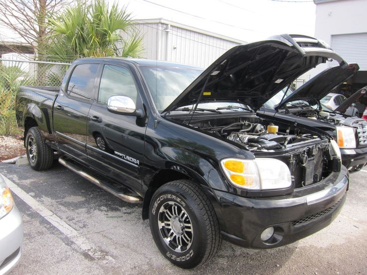 2004 TOYOTA TUNDRA SR5 Miles: 108,369 http://www.pwuc.com/inventory/toyota-tundra-gainesville-fl-3/