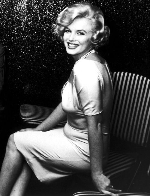 """Marilyn (1959)- She wasn't perfect and didn't have a """"perfect"""" body, but she is known for her beauty. Girls should see that she is real and not worry about their weight!"""
