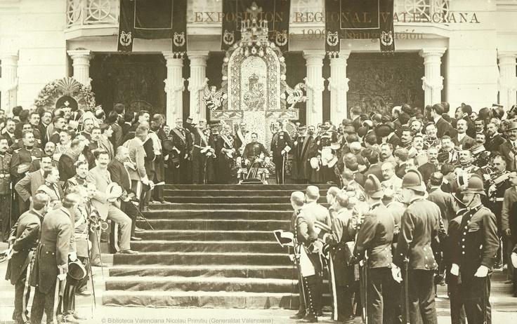 Exposición Regional Valenciana (1ª. 1909. València)   Año 1909, inauguración [Material gráfico] / Exposición Regional Valenciana ; Andrés Fabert, editor fotógrafo. — Valencia : Andrés Fabert, [s.a.]  1fot. (tarjeta postal) ; 9 X14 cm. — (1)