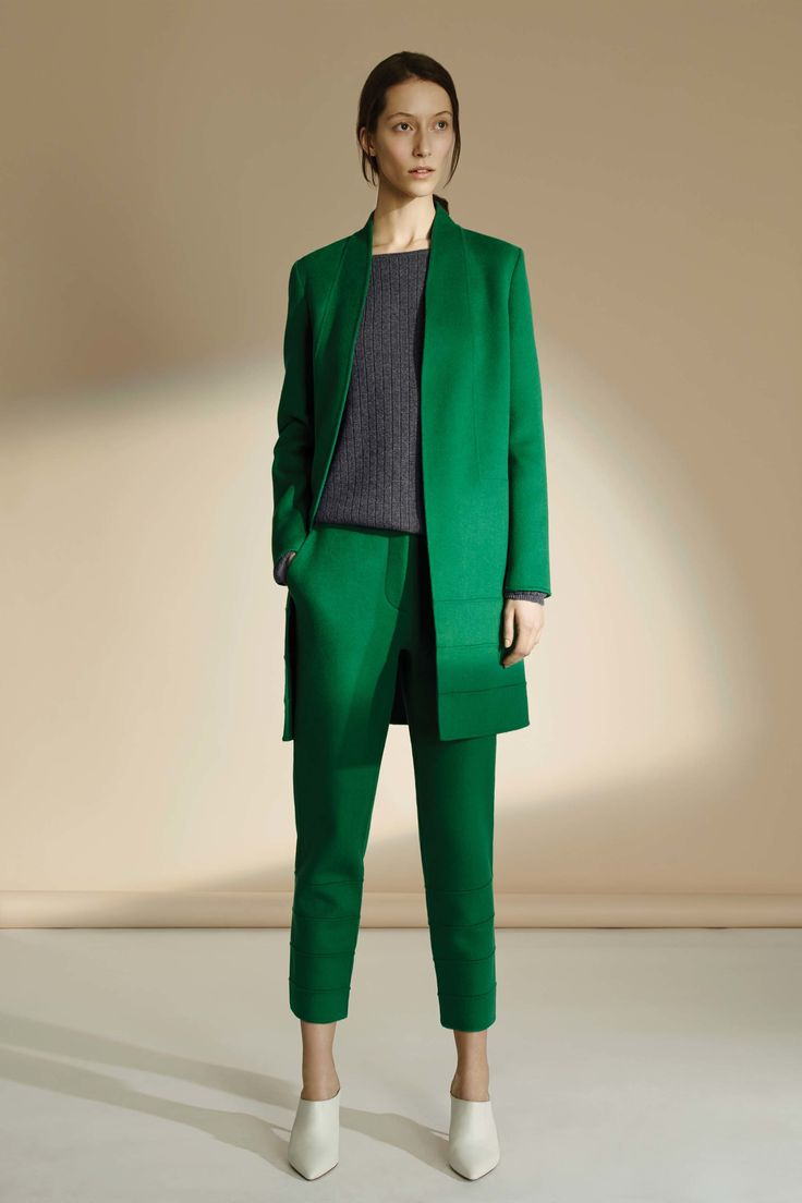 TSE Fall 2016 Ready-to-Wear Fashion Show | Never thought of gray and green…