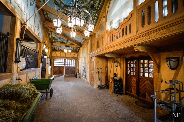 1000 Images About Stable Interiors On Pinterest Horse
