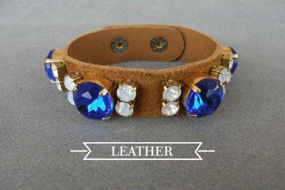 suede bracelet / blue crystals