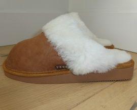 Heerlijke warme voeten in deze dames slof van 100% schapenwol