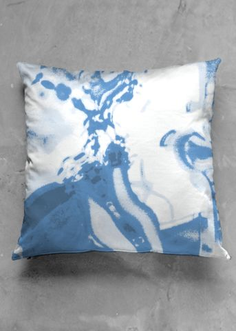 Blue reflection - luxury pillow design by Charles Bridge 7x - buy in my VIDA e-shop    #luxurious#pillow#interior#interiordecor#art#artprint#fabricprint#sofa#spring#ocean#oceaninspiration#waves#water#waterart#artist