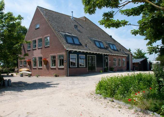 Vakantiehuis 6 slaapkamers nederland for Woonboerderij te koop veluwe