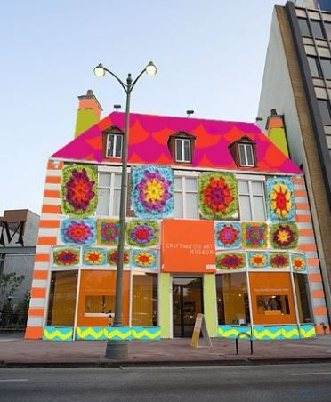 2. The facade of the Craft & Folk Art Museum (CAFAM in Los Angeles, CA) will be covered in 12,000 crocheted granny squares by the knit graffiti collective, Yarn Bombing Los Angeles (YBLA), for a public art display called CAFAM Granny Squared. This ground- breaking, temporary, public art installation on LA's Museum Row will be on view from May 25 through July 1. via The Quilt Show