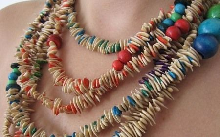 C mo hacer un collar con semillas bisuter a hecha en - Como hacer bisuteria en casa ...