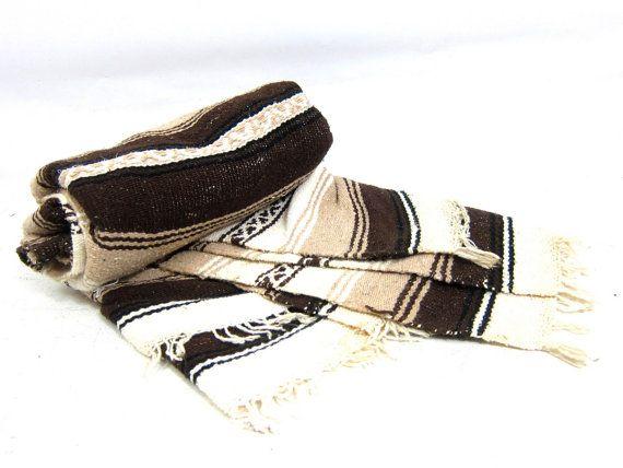 Couverture mexicaine marron et blanc rayé ethnique double couverture petit tour jet couverture Hipster maison décor bohème Chic