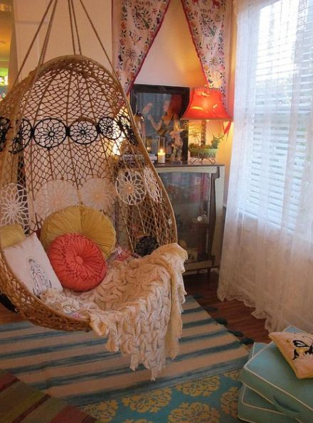 I love the swingy chair.                                                                                                                                                      More
