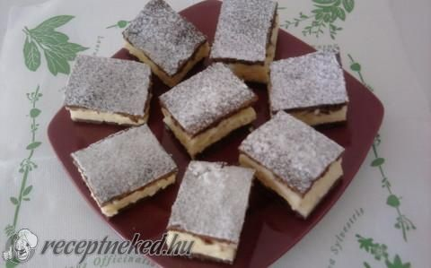 Tejfölös -pudingos sütemény recept fotóval