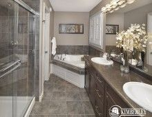 Master Ensuite. Sapphire in Creekwood Chappelle.