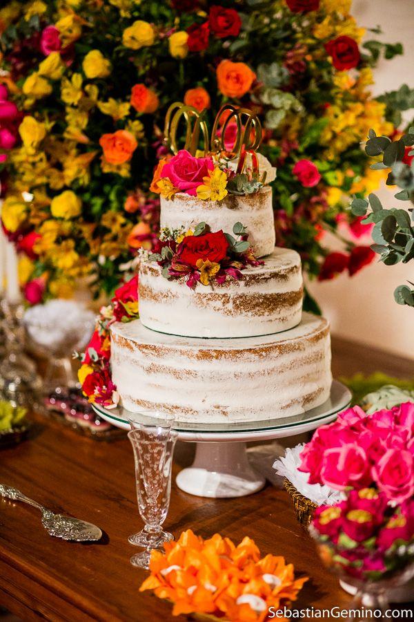 decoração de casamento praia | bolo rustico | casamento na praia | casamento em Búzios