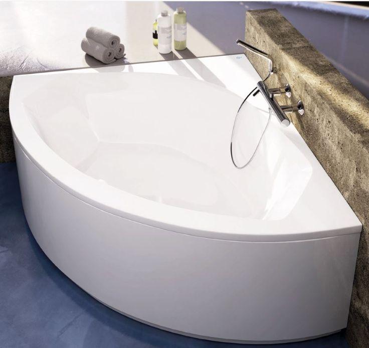 10 best idee n over hoekbad op pinterest hoekbad bad douche combinatie en badkameridee n - Deco kleine badkamer met bad ...