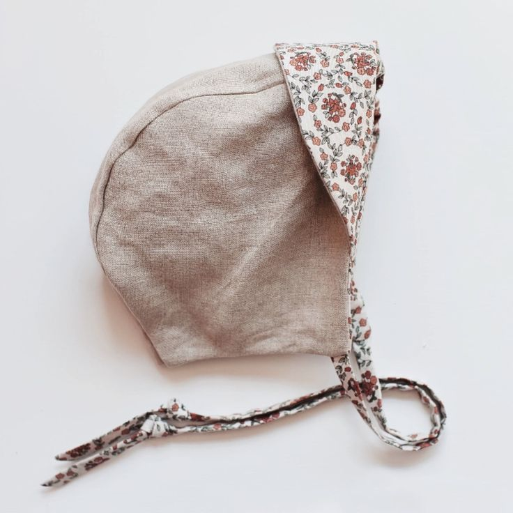 Handmade Linen & Cotton Bonnet | Gypsyandfree on Etsy
