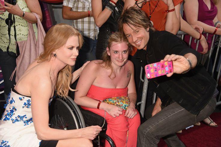 2014 CMT Music Awards - Red Carpet