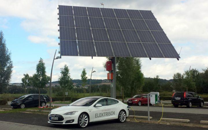 Neue Elektroauto-Ladestation in Niestetal bei Kassel installiert