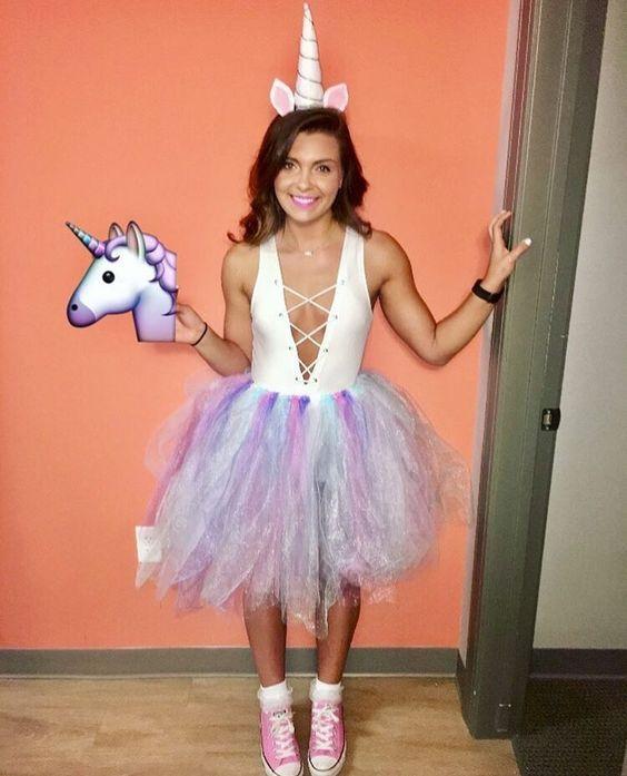 Halloween 2020 Costume Ideas Unicorn DIY Unicorn Costume en 2020   Disfraz halloween niña, Trajes de