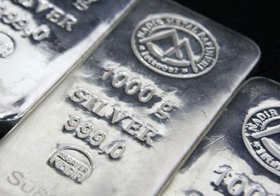 Silver futures rallied handsomely in the domestic market on Thursday as investors and speculators booked fresh positions in the precious metal as the US Federal Reserve in the minutes from its latest - See more at: http://ways2capital-mcxtips.blogspot.in/2015/07/fed-rate-hike-caution-bolsters-silver.html#sthash.Pbx7RURJ.dpuf