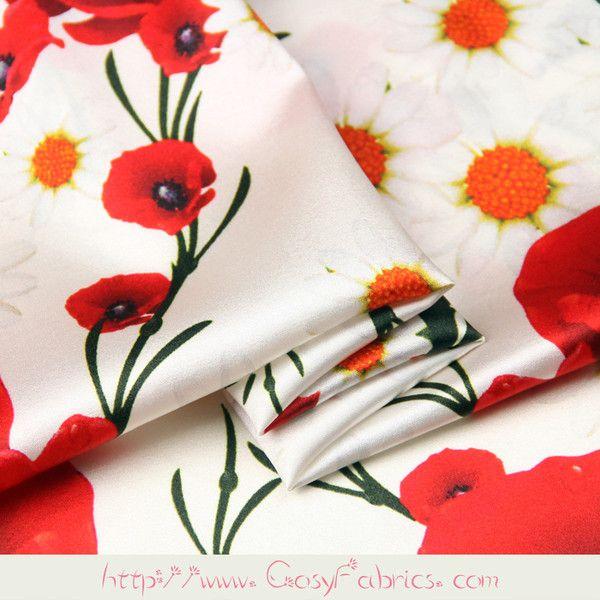Schwarzer Stoff Mit Roten Mohnbluten Von Timeless Treasures Blumenstoffe Stoffe Kawaii Shop Modes4u Red Poppies Poppies Poppy Flower