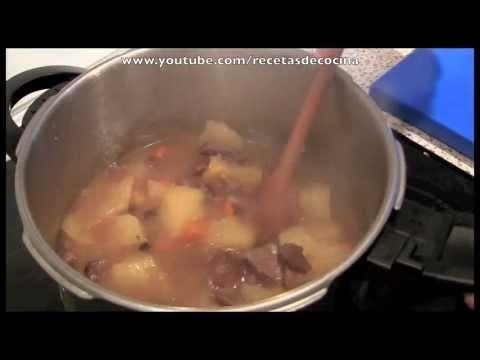 En esta vídeo receta vamos a hacer estofado de ternera en olla express u olla rápida. Una receta muy sana, fácil y rápida de preparar que esperamos que os guste! Más vídeos de recetas en nuestros canales recetasdecocina y en deuvasaperas