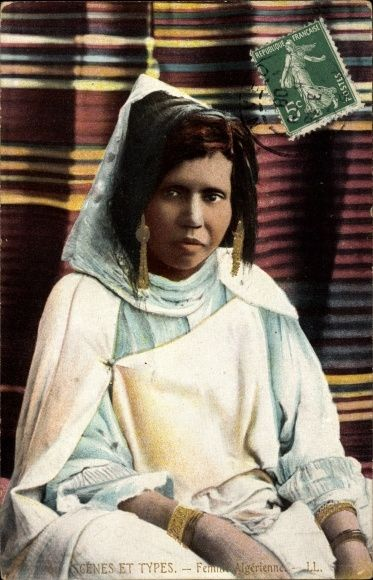 Postcard Algerien, Scenes et Types, Femme Algerienne, Araberin in Volkstracht, Maghreb