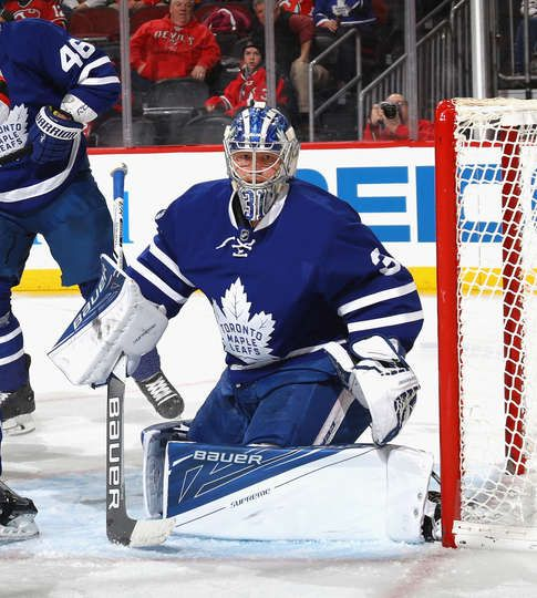 NEWARK, NJ - JANUARY 06: Frederik Andersen #31 of the Toronto Maple Leafs keeps his eyes on the puck during the second period against the New Jersey Devils at the Prudential Center on January 6, 2017 in Newark, New Jersey. (Photo by Bruce Bennett/Getty Images)
