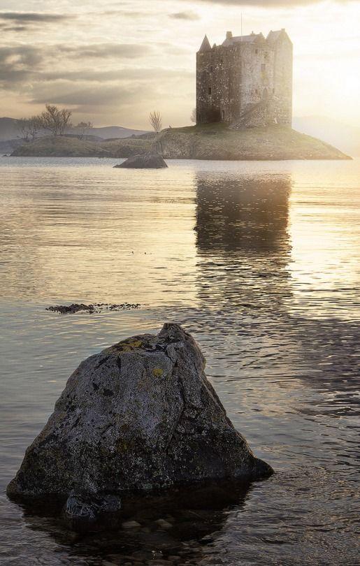 Castle Stalker, Scotland (von Jimmy McIntyre - Editor HDR One Magazine)