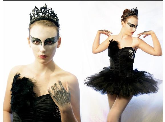 DIY Black Swan Costume! So pretty, brb channeling my inner Natalie Portman. VIDEO TUTORIAL