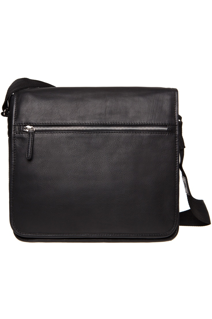 Marimekko´s black leather Olkalaukku, I would love to have one <3