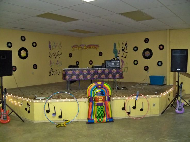 Sock Hop Decorations   Mike and Ambers Adventures - 168 Best Sock Hop Ideas Images On Pinterest