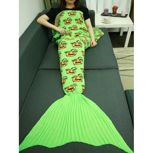 17 best plaids couvertures images on pinterest mermaid tale blankets and mermaid blankets. Black Bedroom Furniture Sets. Home Design Ideas