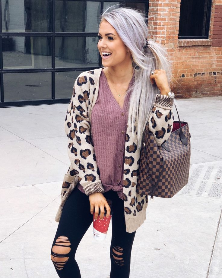 Cute fall style – Leopard cardigan