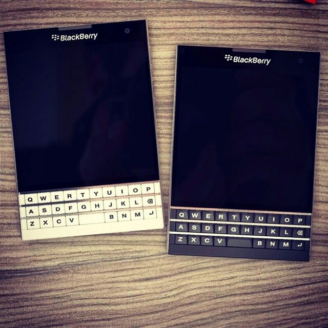 gorgeous blackberry passport!