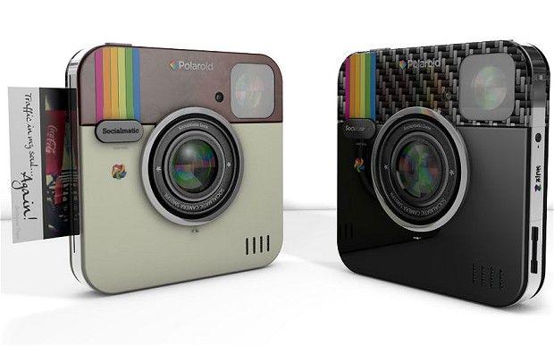 Instagram e Polaroid presentano la Socialmatic Camera.  Vi piacerebbe poter stampare in tempo reale le foto che condividete su Instagram? Dal 2014 sarà possibile.
