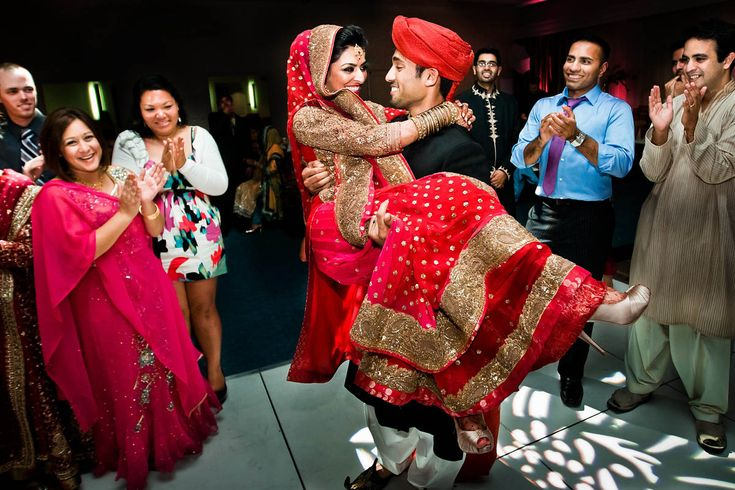 love the pink and red :) - pakistani wedding