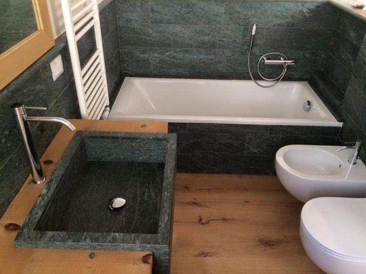 Bagno in ardesia plana i mobili bagno hi tech e ultramoderni di berloni lounge lam stone - Bagno in ardesia ...