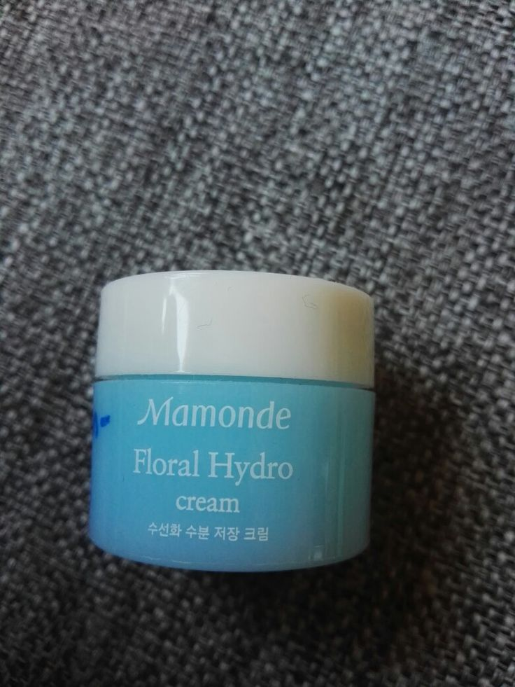 Mamonde floral hydro cream. Mild and very nice. A bit thick, but i can recommend this.