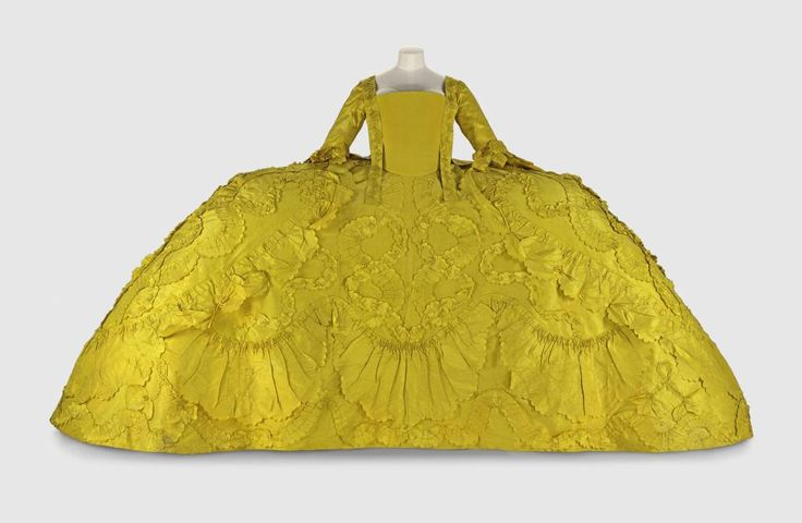 Historical Accuracy Reincarnated - fripperiesandfobs: Court mantua ca. 1760 From...