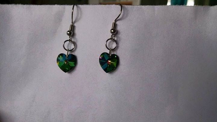 Green swarovski heart earrings