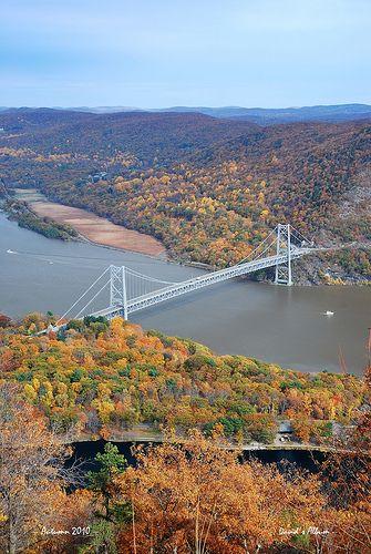 :) Bear Mountain Bridge - Hudson Highlands