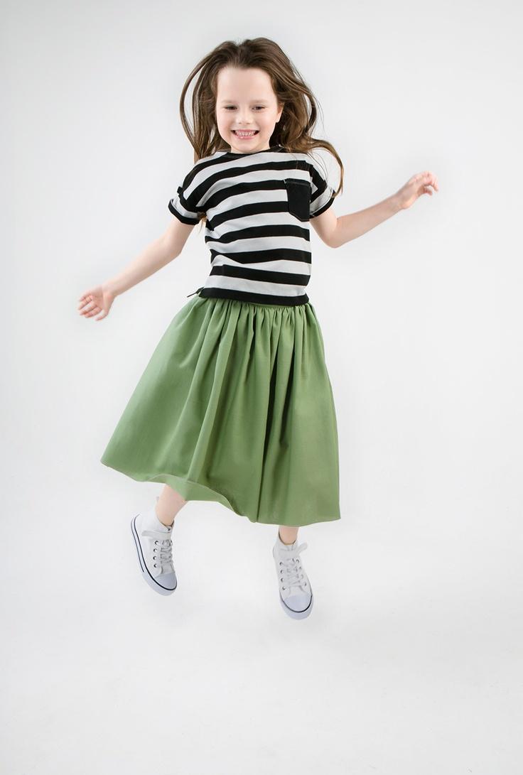 Bunny White MIDIMINT skirt & t shirt ONE