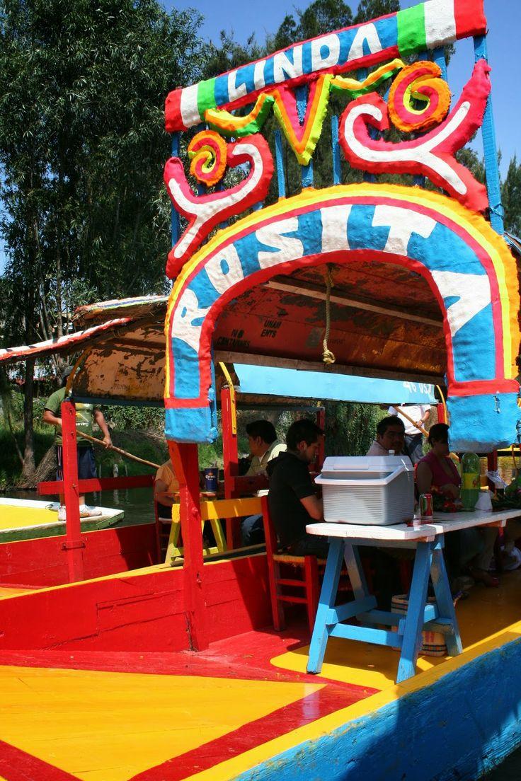 Xochimilco - México : Color, agua y mariachis.