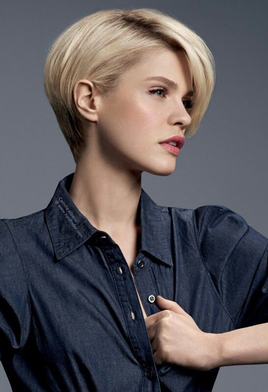 Add subtle longer lengths to your short hair with Great Lengths hair extensions #newyearhair
