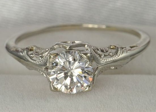 Vintage wedding ring - Click image to find more Weddings Pinterest pins
