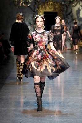 That dress and those lace socks.Woman Fashion, Dolce Gabbana, Patentrubber, Style, Catwalkfashion, Dresses, Fall Winter, Milan Fashion Weeks, Catwalks Fashion