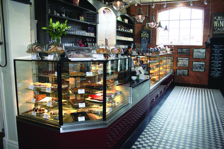 Our Astrid display works really well for cafes as they can display the most product per footprint! And they look great with frameless glass. #food #cafe #yummy #interiordesign #design #cuisine #drink #retail #shop #ad #xl #xlrefrigerators #patisserie #pastry #bakery #stratford #stratforduponavon