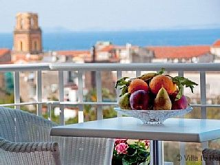 NIce+apartment+in+Sorrento+center+2BR/1BA+++Vacation Rental in Sorrento Peninsula from @homeawayau #holiday #rental #travel #homeaway