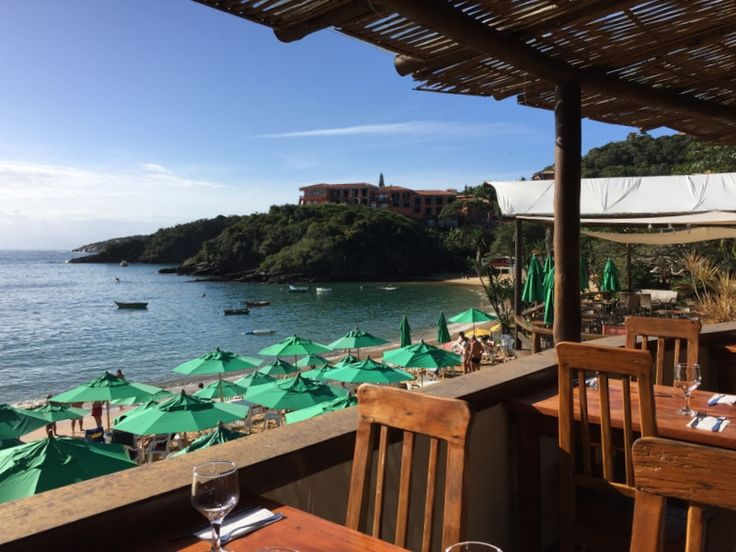 Almoçando no Club La Plage na Praia de João Fernandes – Búzios