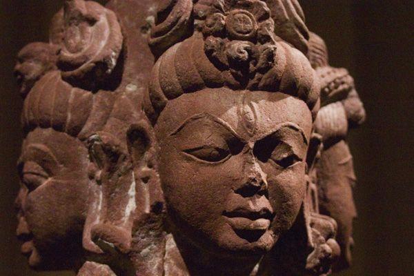 Three Headed Hindu God Shiva :Tri Mukhi Hindu Lord Mahadev