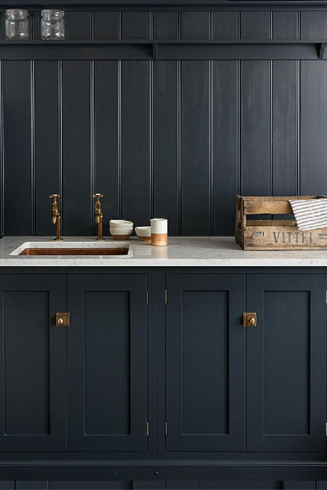 Devol 39 S Shaker Kitchen Pantry Blue With Carrara Marble